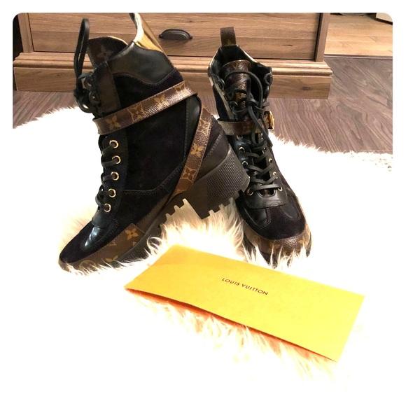 5b3ce6d8453 Louis Vuitton Shoes - Louis Vuitton Laureate Desert Boots